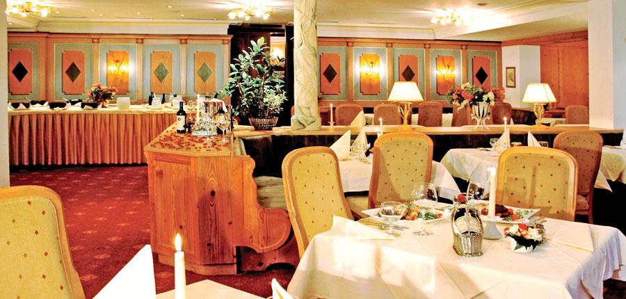 Austria_St-Anton_Hotel-Alberg_dining.jpg